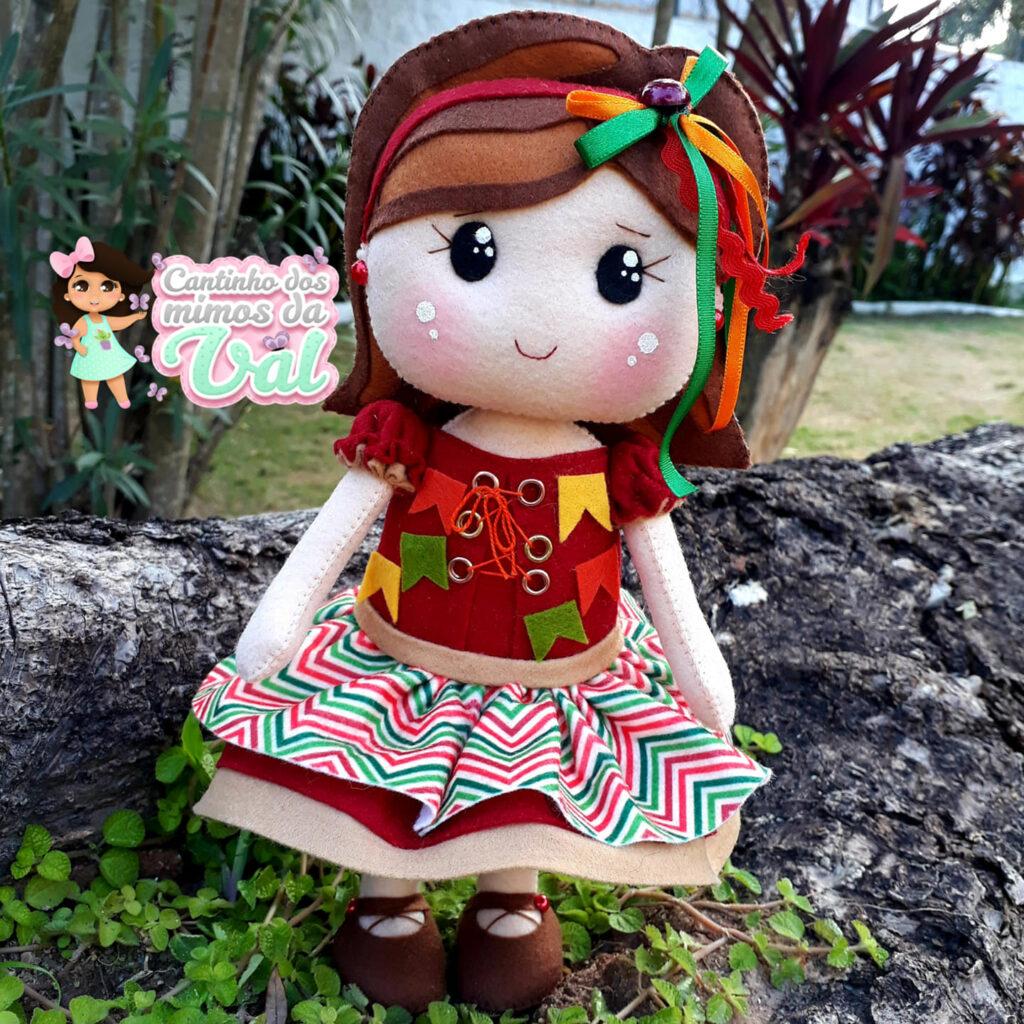 boneca caipira de feltro
