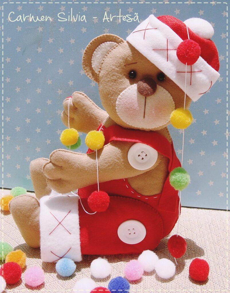 urso de natal em feltro